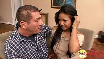 Plump Teen Asian Really Wants Her Stepfather